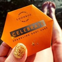 Luonkos Celebrate Life - Sparkling vartaloöljykakku 60 g